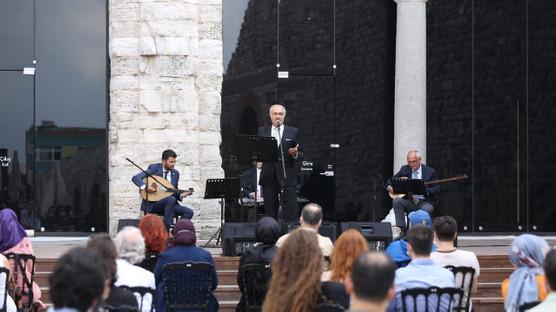 """Duayen isimlerden """"İstanbul Şarkıları"""""""